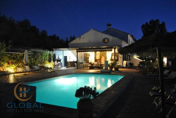 3 * Rural Complex of 7 townhouses 20km from Marbella