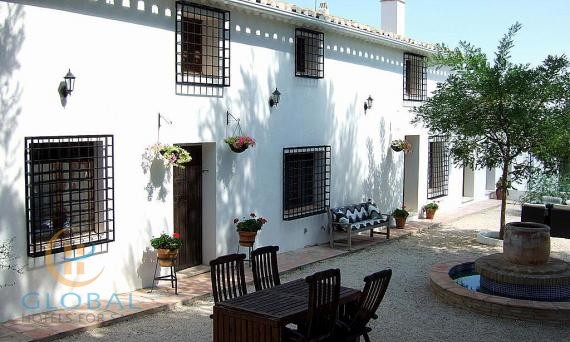 A stunning Cortijo B&B in the Murcia area