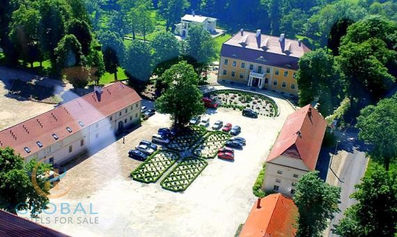 Luxury 4* Palace hotel complex near German border in Poland