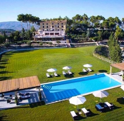 Boutique hotel & Spa and plot for sports facilities and expansion of hotel and luxury single-family homes – inland Costa Blanca