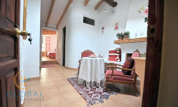 Historic BB in a charming village of the Alicante province - Costa Blanca