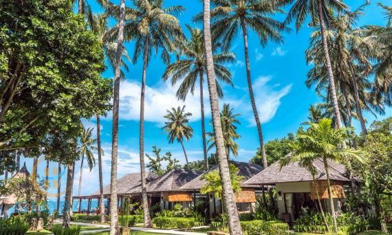 Small luxury beachfront boutique hotel in Lombok