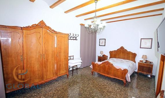 Hostal BB in a coastal village on the costa blanca – for renovation