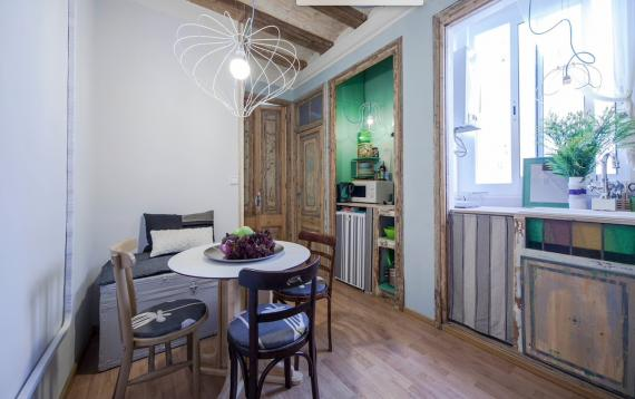 Cozy central apartment in Barcelona for tourist rental