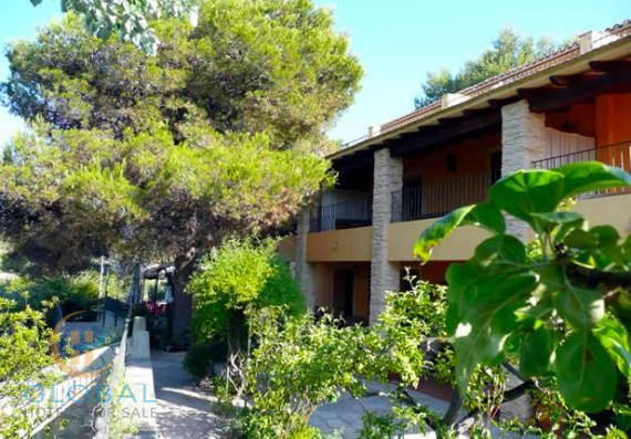 Nice 3 * Rural Hotel with Restaurant and large private house 30 minutes from the beach