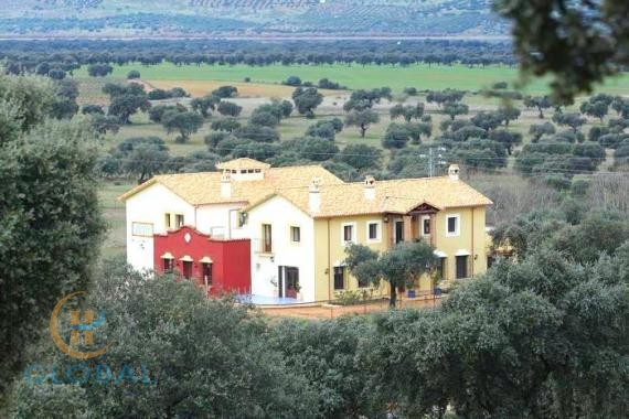 Casa Rural Superior with 8 rooms & Restaurant in the province of Cordoba