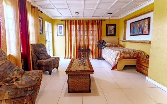 Historic Colonial Bed Breakfast for sale in Nassau
