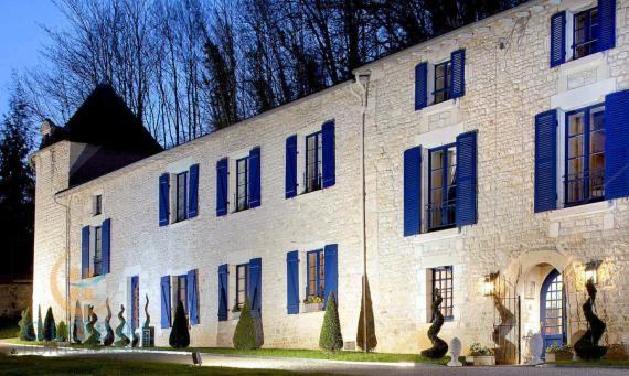 Luxury small 4* Castle hotel in Poitou Charente - Aquitaine