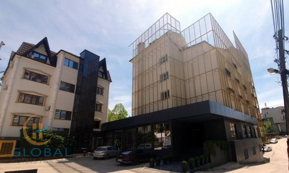 Great 4 star business hotel with 86 rooms in Pristina