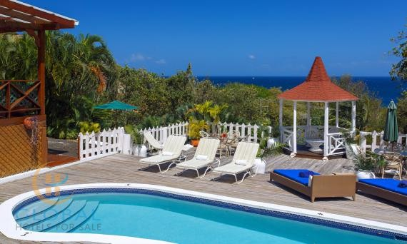 Fantastic Caribbean B&B with 10 bedrooms